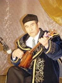 Соло на домбре. Исполняет Конысбай Жаманкулов, село Баскатовка.