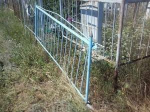 Про кражу могильных оград