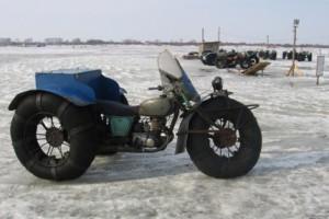Трехколесный мотоцикл «Арба» с надувными колесами