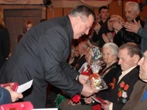 Вручение юбилейных медалей «70 лет Победы»