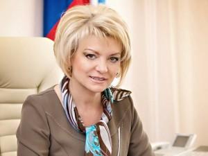 Епифанова Марина Анатольевна - министр образования Саратовской области