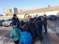 Школьникам показали правильный маршрут до дома