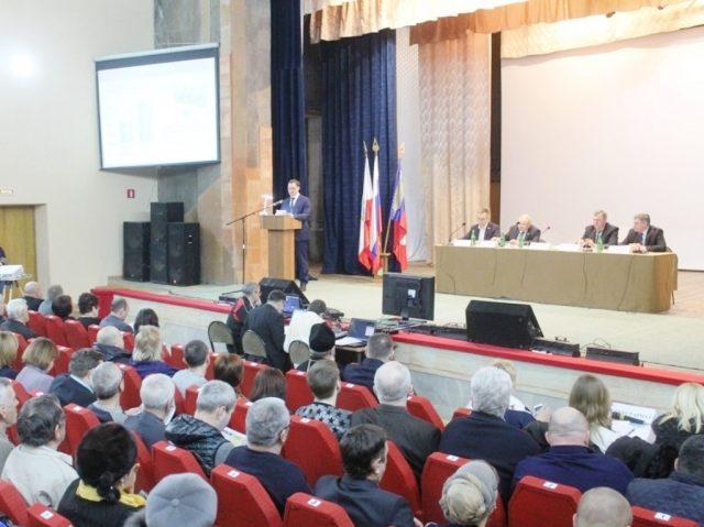 В ЦДК прошло собрание актива района