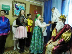 Марксовская воскресная школа показала Пасхальное представление