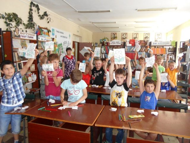 Марксовские школьники создали «Бумажные фантазии»