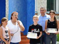 Новую детскую площадку открыли в Ястребовке