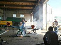 Жители Ястребовки занялись благоустройством школьного двора