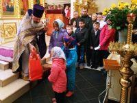 Православные помогли 10 семьям из Маркса
