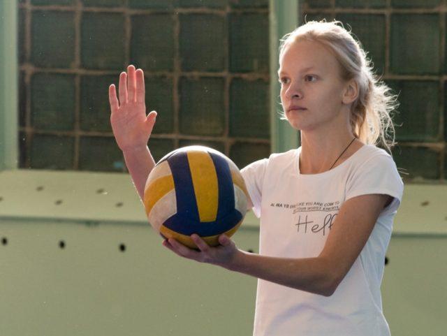 Женский волейбольный турнир прошел в Марксе