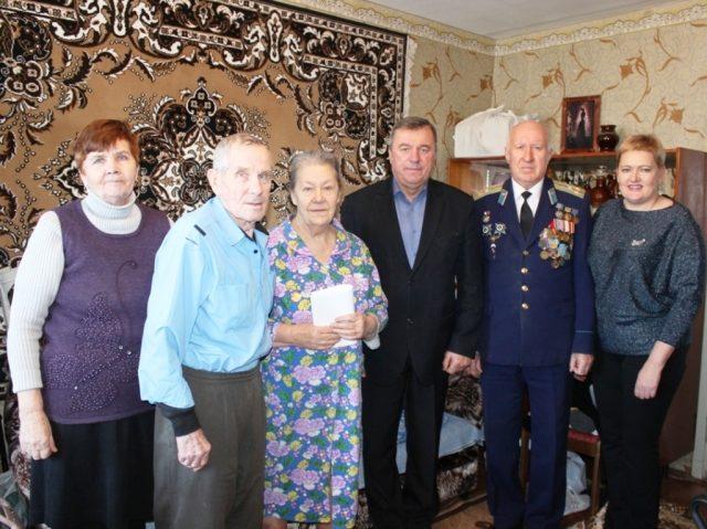 Дети блокадного Ленинграда получили юбилейные медали