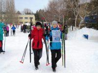 Более 80 лыжников прошли рождественские эстафетные гонки в Марксе
