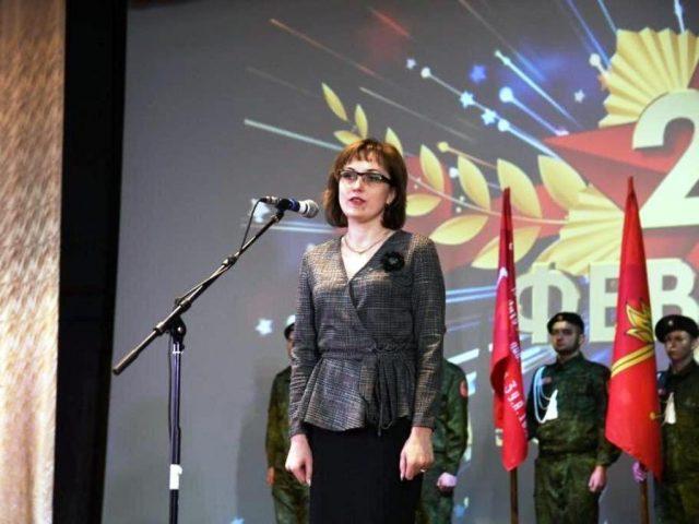 Марксовских военнослужащих наградили в День защитника Отечества
