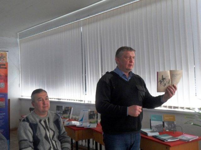 Встреча с поэтом Андреем Пермяковым прошла в Марксе