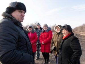 Встреча с советником министра: жители Звонаревки благодарили за ремонт дороги
