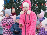 Как Дед Мороз развлекал марксовчан в первые дни нового года