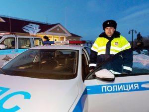 Марксовская Госавтоинспекция получила два новых автомобиля от губернатора