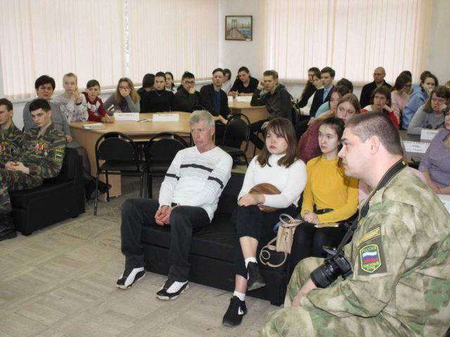 Патриотические встречи с марксовской молодежью проходят к 75 летию Победы