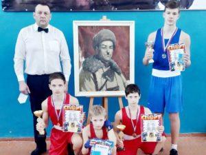 Подлесновские боксеры взяли два золота и серебро турнира Панфилова