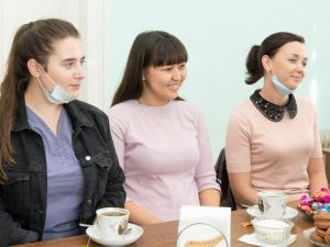 Три молодых врача пришли работать в Марксовскую больницу