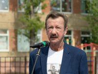 Депутаты поблагодарили Почётного гражданина района Александра Камаева за большой вклад в увековечивание памяти о Великой Отечественной войне